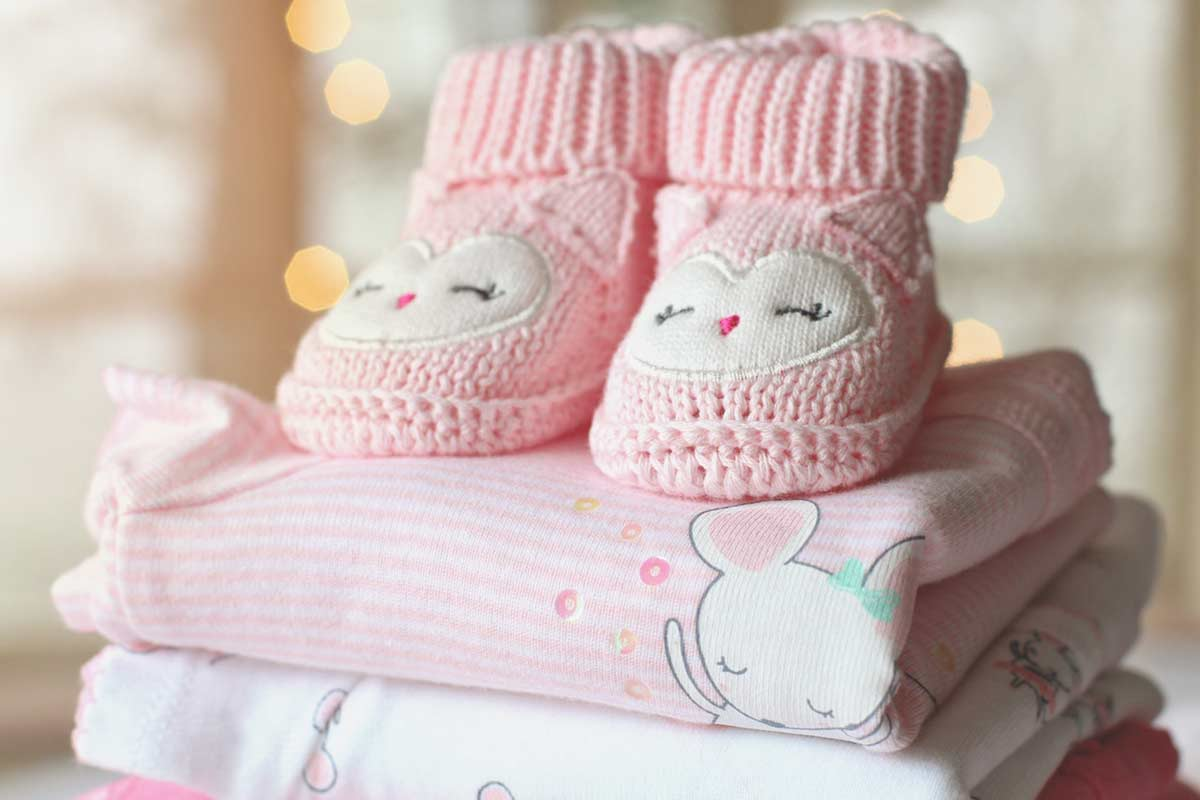 Baby fotograf med stor erfaring i baby fotografering både i studie og på location Vejle
