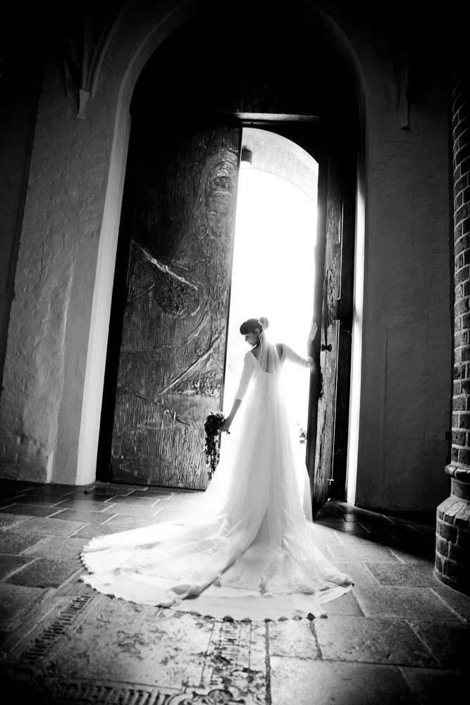 Bryllupsfoto i vejle ved prisvindende bryllupsfotografer med international erfaring og ... I naturskønne Vejle Ådal ligger Haraldskær Sinatur Hotel og Konference