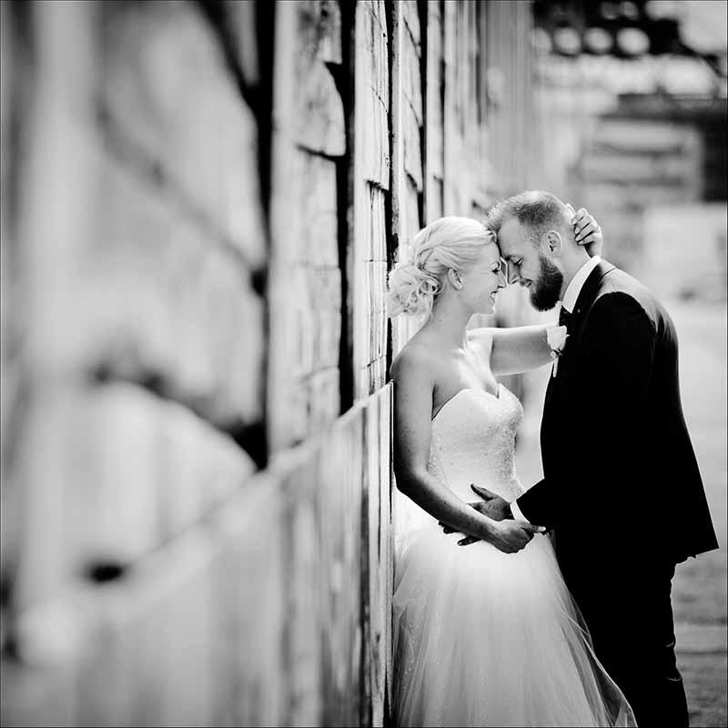 Stilsikker Bryllupsfotograf Vejle til kreative bryllupsbilleder over hele Jylland